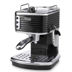Delonghi Scultura Pump Espresso Coffee Machine in Black ECZ351.BK